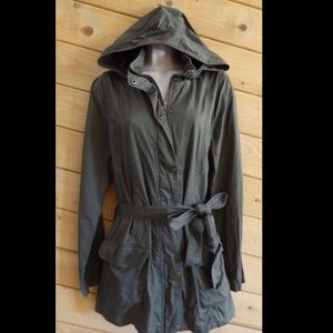 Forever 21 Parka M Green Hooded Balted Jacket
